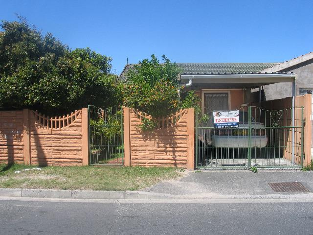 Property For Sale in Retreat, Cape Town 5