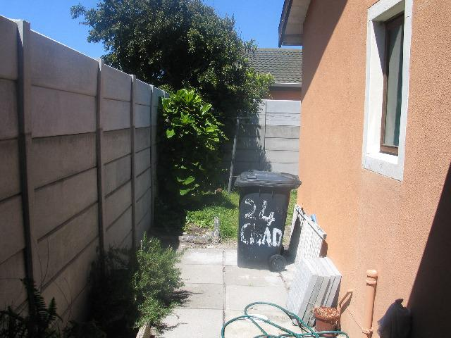 Property For Sale in Retreat, Cape Town 11