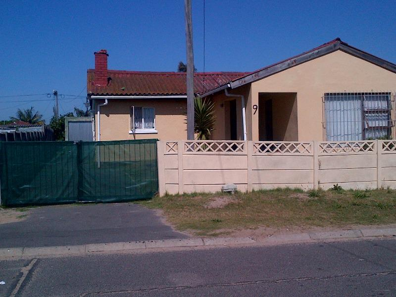 Property For Sale in Bishop Lavis, Cape Town 1