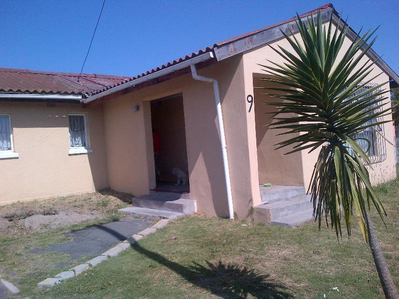 Property For Sale in Bishop Lavis, Cape Town 2