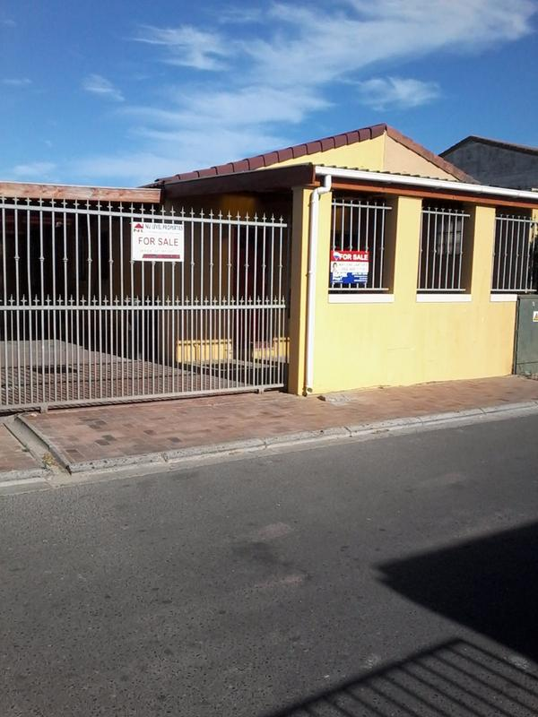 Property For Sale in Seawinds, Cape Town 3