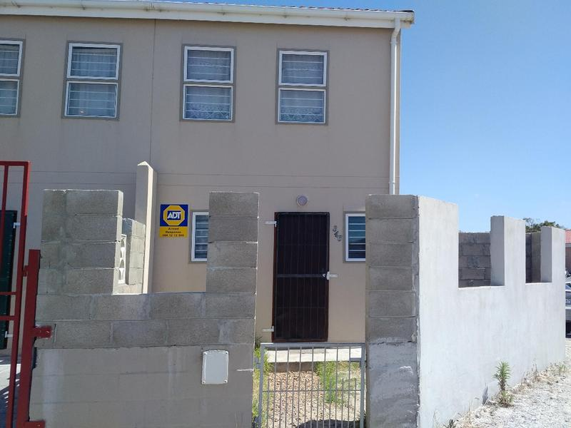 Property For Sale in Pelikan Park, Cape Town 1