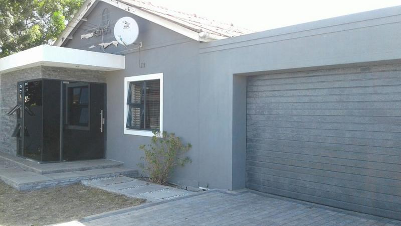 Property For Sale in Lansdowne, Cape Town 1