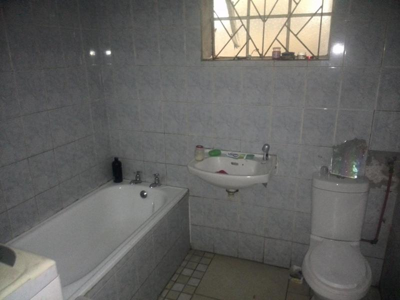 Semi-detached For Sale in Eastridge, Cape Town