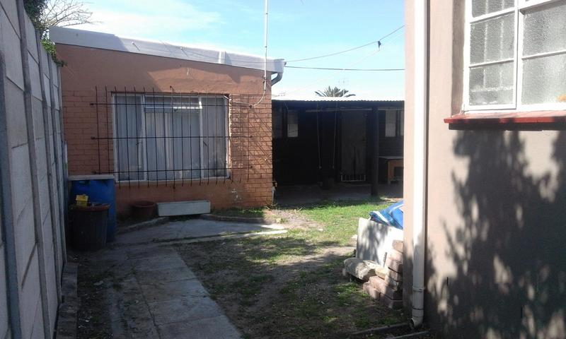 Property For Sale in Bergvliet, Cape Town 21