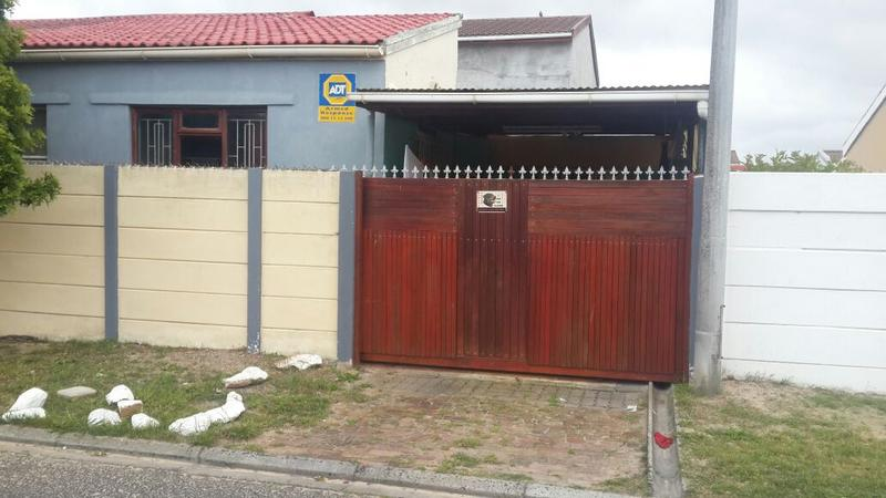 Property For Sale in Coniston Park, Cape Town 2