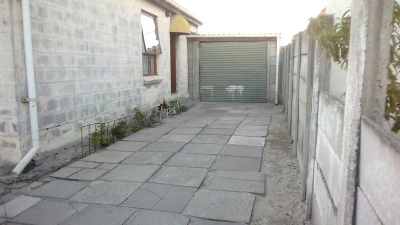 Property For Sale in Delft, Delft 2