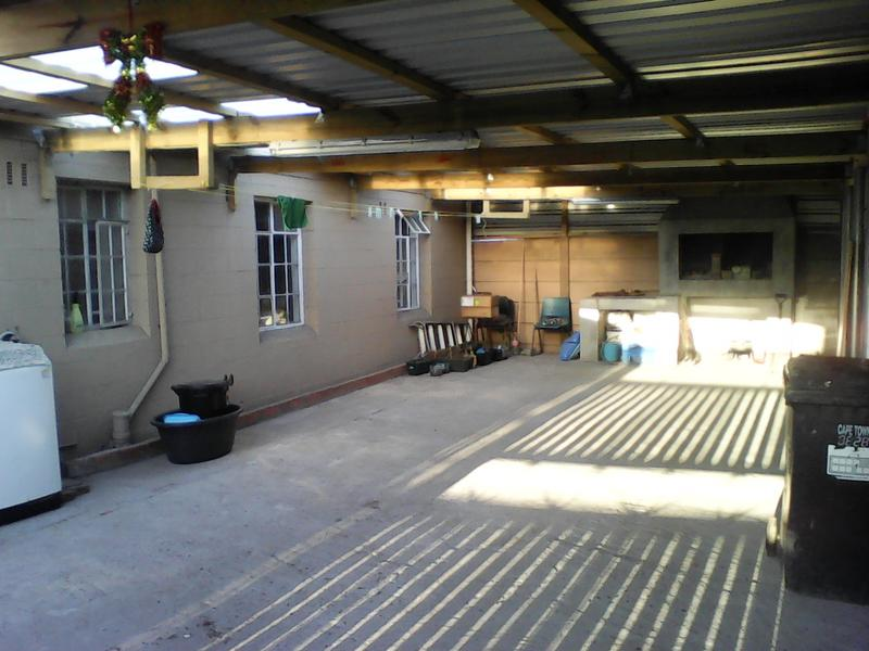 Property For Sale in Retreat, Cape Town 15