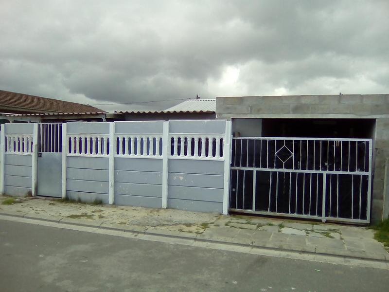 Property For Sale in Lavender Hill, Cape Town 1