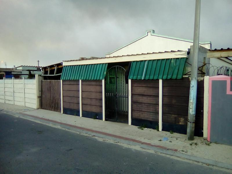 Property For Sale in Lavender Hill, Cape Town 12