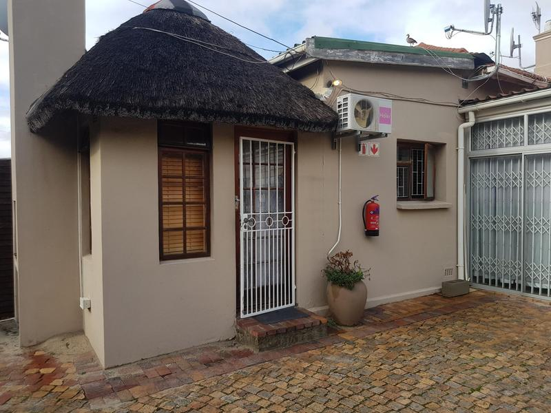 Property For Rent in Kenilworth, Cape Town 1