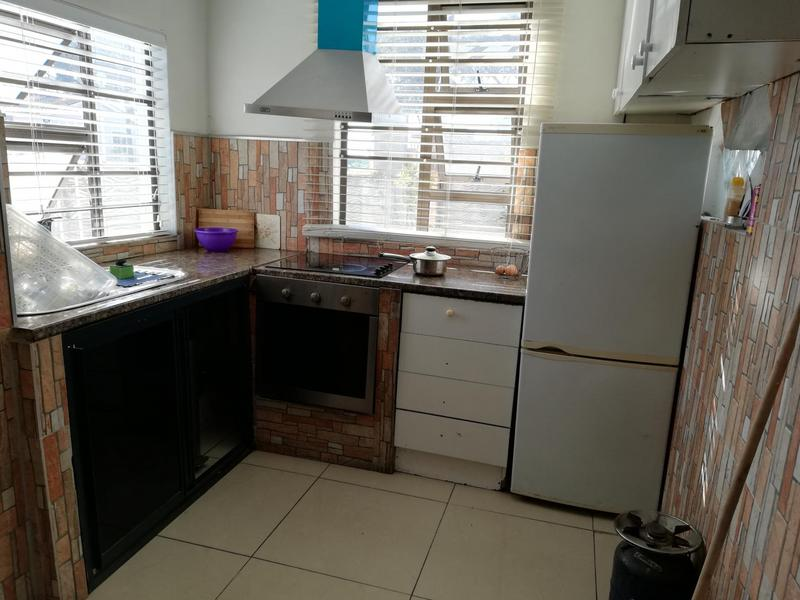 Property For Sale in Pelikan Park, Cape Town 5