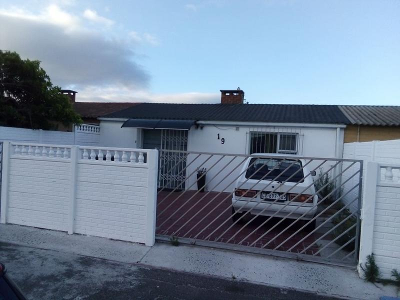 Property For Sale in Retreat, Cape Town 1