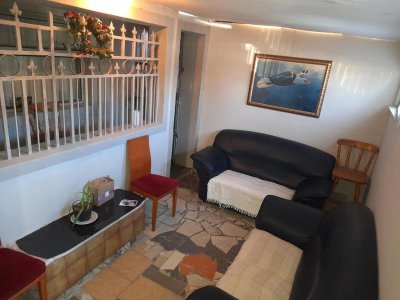 House For Sale in Manenberg, Cape Town