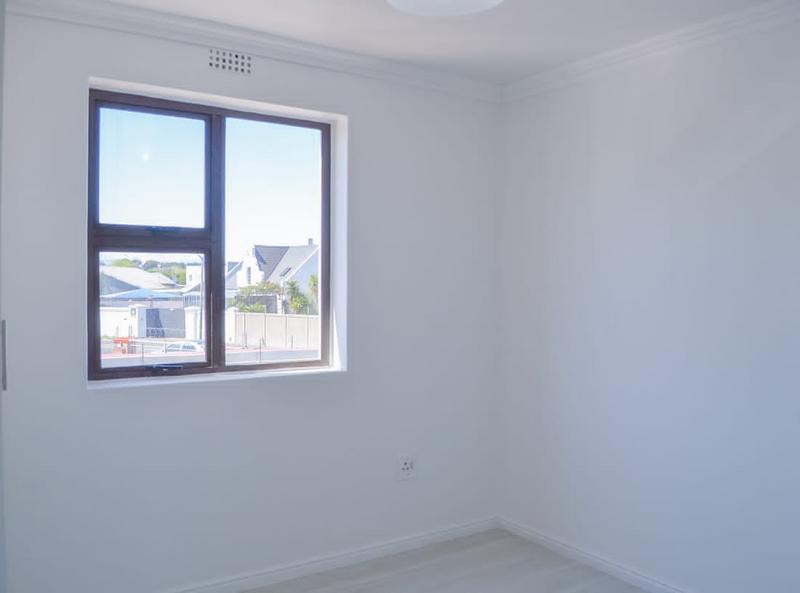 Apartment / Flat For Sale in Ottery, Cape Town